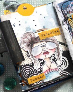 Elizabeth Craft Designs – Hip Chicks CS181